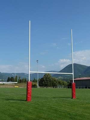 Protections et poteaux de rugby